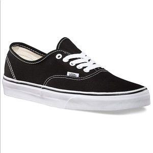 VANS Unisex Authentic Black Canvas Skate Shoe